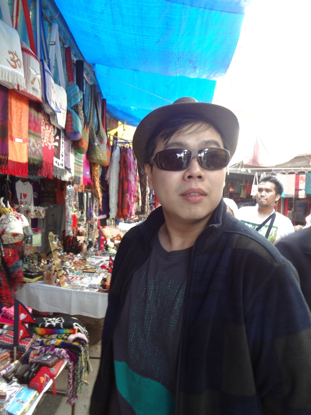 Shopping around Davi's Fall. Was that Jacky Chan or Andy Law? Whoever he was, he became the main attraction in Pokhara.